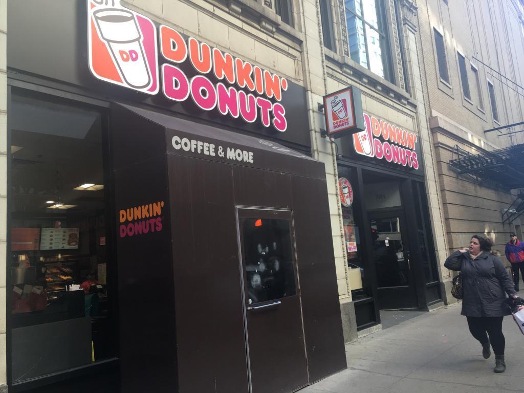 dunkin donuts outside