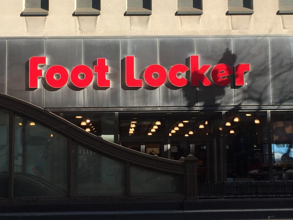 contact foot locker