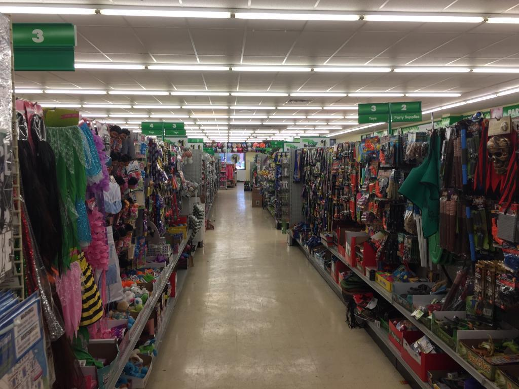 inside dollar tree