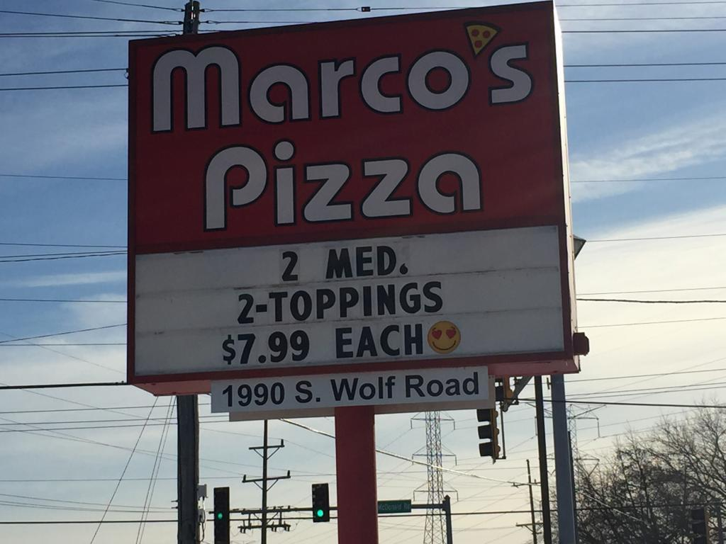 marcos pizza sign
