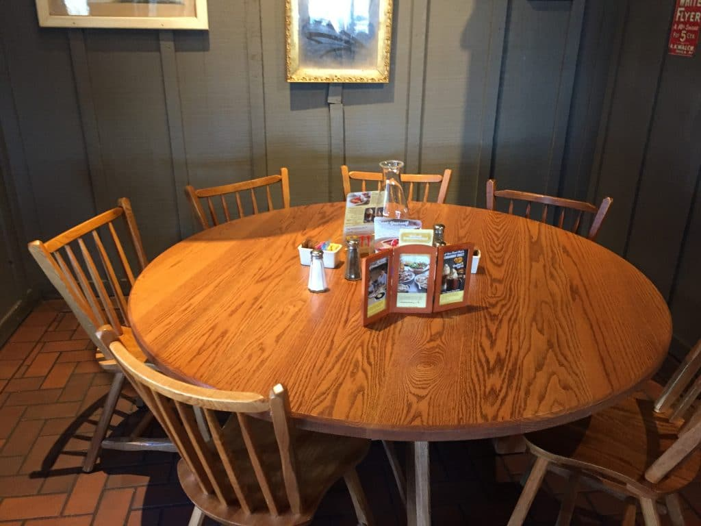 cracker barrel table